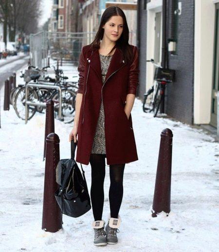 Платье для девочки 13-14 лет вязаное