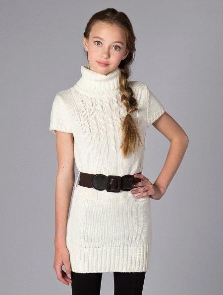 Вязаное платье-свитер для подростка