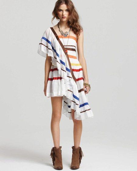 Платье из натурального батиста