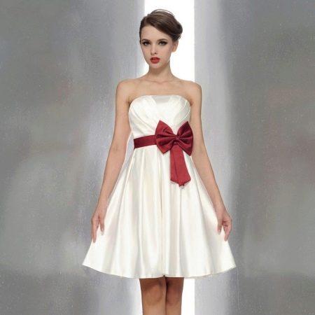 платье из смесового сатина