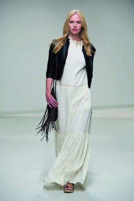 Куртка к белому длинному  платью