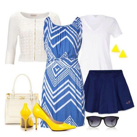 Желтая обувь к белому-синему платью