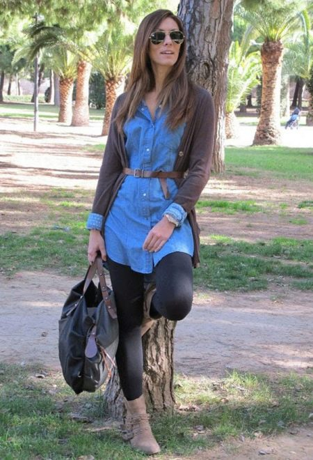 Леггинсы к короткому платью-рубашке