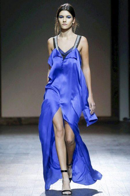 Аксессуары к синему платью в пол