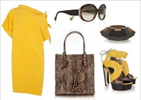 желтое платье и аксессуары со змеиным принтом