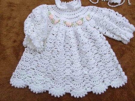 Платье вязаное крючком для крещения