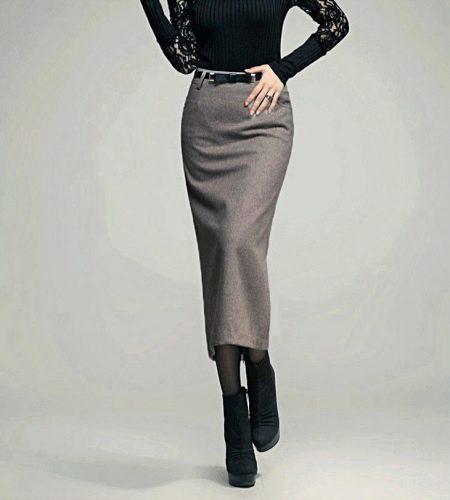 Длинная юбка карандаш в сочетание с ремешком