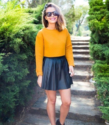 Короткая кожаная юбка солнце с завышенной талией