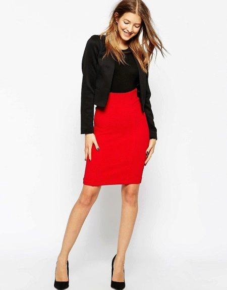 Красная юбка карандаш с пиджаком