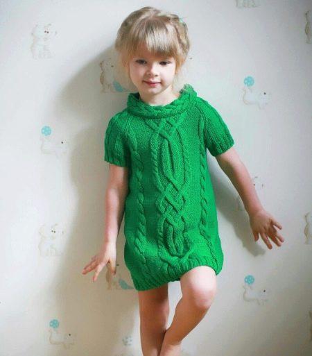 Вязаное платье-туника для девочки 5 лет