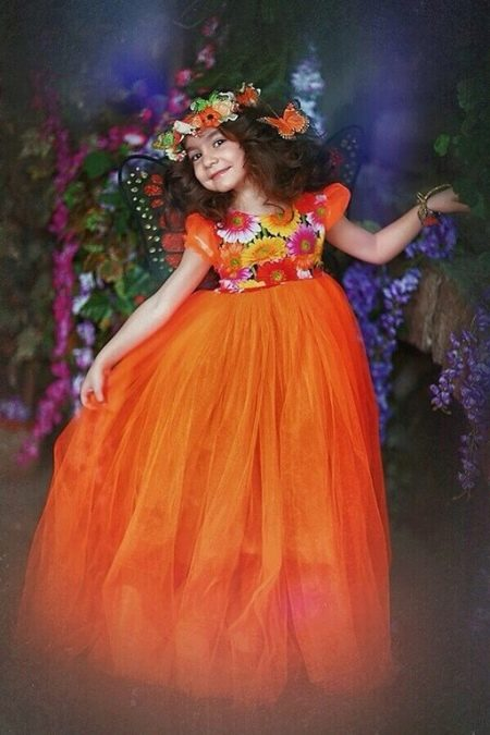 Шикарное  свадебное пышное платье с завышеной талией для девочки