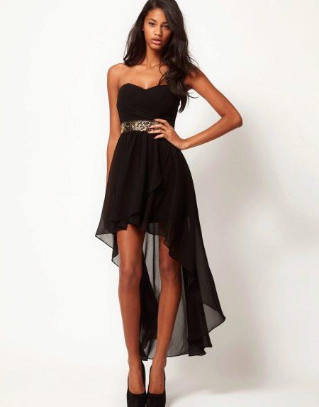асимметричная юбка и открытое плечо