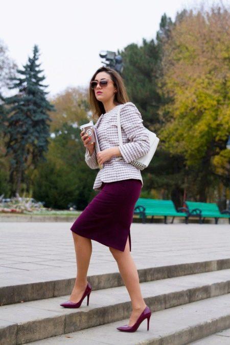 Бордовая юбка с каким цветом сочетается