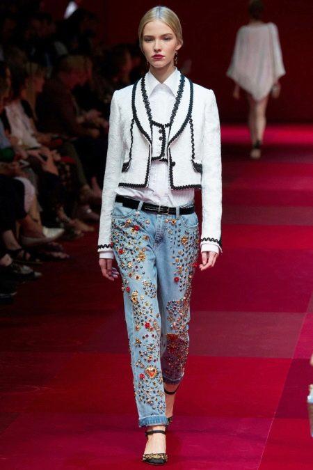 Джинсы с вышивкой (72 фото): Сашико, Ришелье, нитками, бисером и лентами