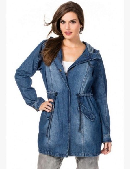 Среди моделей ветровок из джинсы больших размеров полные женщины могут  найти что-то универсальное и для себя. Конечно, джинса не защищает от дождя. 9cb097117a5
