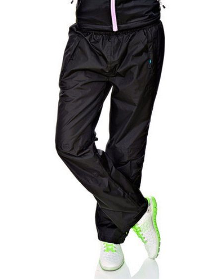 fbafc256 Таким образом, в спортивных брюках Nike можно тренироваться, невзирая на  усиленные нагрузки и плохие погодные условия. Изделия этой фирмы годится  даже для ...