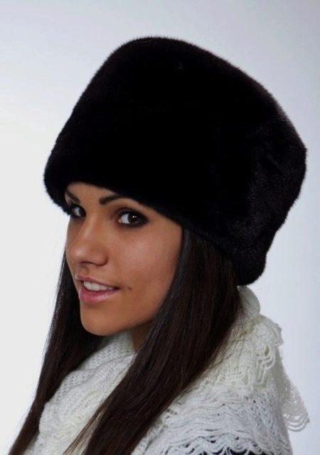Женская норковая шапка пилотка
