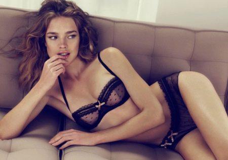 Сексуальные девочки в эротичных трусиках