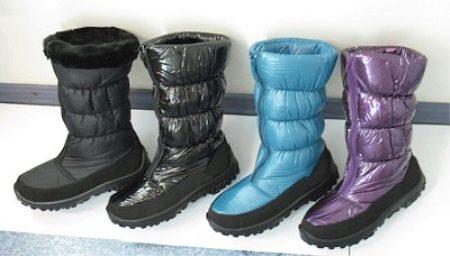 2cd5459b5 Если зима в регионе морозная, можно приобрести текстильные дутыши с толстой  рельефной подошвой. Нередко голенище таких сапожек выполняется из вязаного  ...