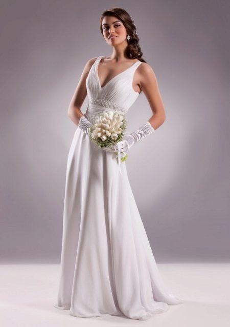 Свадебные перчатки (59 фото): короткие митенки для девочек, белые кружевные перчатки на свадьбу