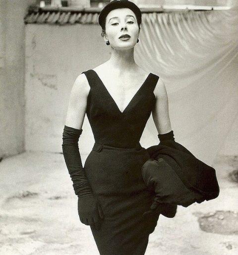Рената Литвинова В Соблазнительном Платье – Три Истории (1997)