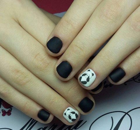 Маникюр черный с пандами