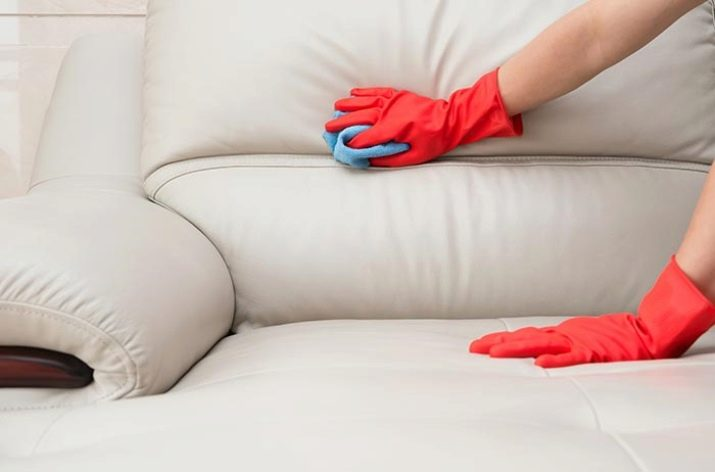Как и чем можно почистить диван в домашних условиях 974