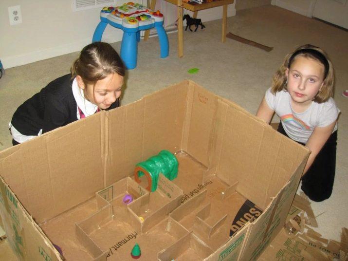 Картонный дом для крыс