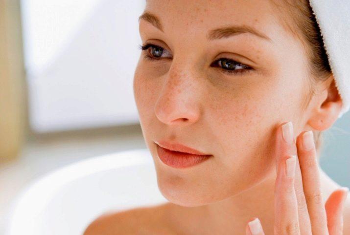 Косметика за уходом кожи лица